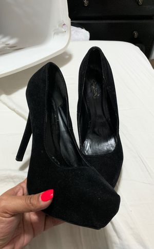 Black pumps high heels 👠 sexy new never used Quail $10 suede like material size 8.5 8 1/2 woman's shoes for Sale for sale  Riverside, CA