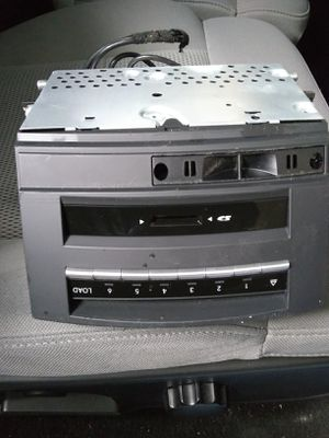 Mercedes Benz S550 2010 radio great condition for Sale in Brooklyn, NY