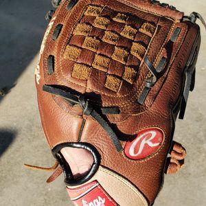 Rawlings Baseball/Softball 12 Inch Glove for Sale in Glendora, CA