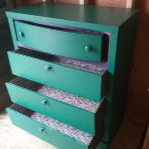 4 Drawer Dresser for Sale in Rochester, WA