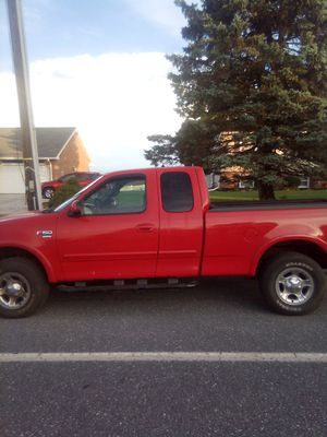 1999 Ford f150 v8 4 wheel drive for Sale in Shrewsbury, PA