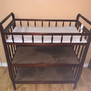 Baby Changing table for Sale in San Antonio, TX