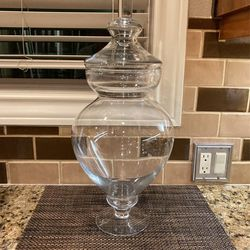"Large Apothecary Jar Vase With Lid 22"" Tall x 10"" Wide for Sale in Happy Valley,  OR"