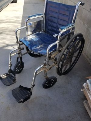 ADULT WHEELCHAIR IN REALLY GOOD CONDITION for Sale in Banning, CA