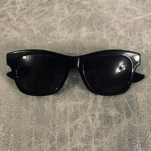 Gucci Havana Sunglasses for Sale in Mount Oliver, PA
