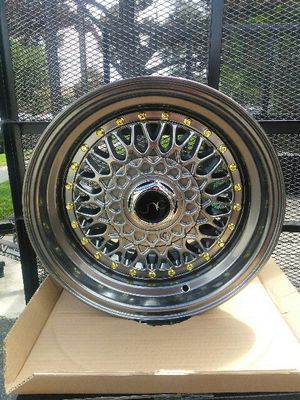 JNC wheels 15x8 gunmetal with gold rivets for Sale in La Puente, CA