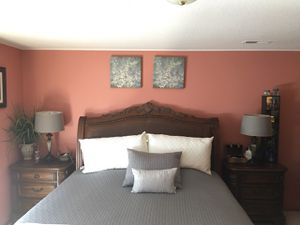 King size bedroom set for Sale in Battle Ground, WA