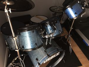 Drum Set - Like New - Peace DNA - Full Set Up with Accessories for Sale in San Diego, CA
