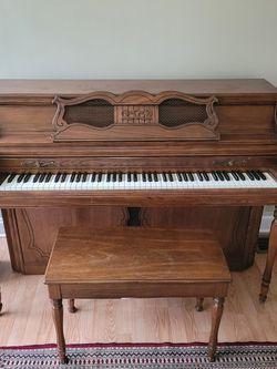 Wurlitzer Upright Piano for Sale in Scottdale,  GA