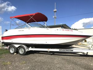 1999 Sunesta 24Ft Open Bow Deck Boat v8 for Sale in Universal City, TX
