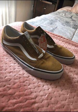 NEVER WORN Size 9 Vans for Sale in Corona, CA