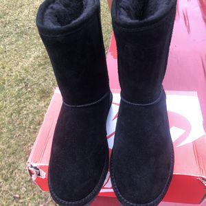 BearPaw Boots Sz6/7 Unisex for Sale in Pennsville, NJ