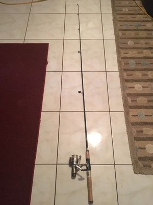 Fishing rod for Sale in Navarre, FL