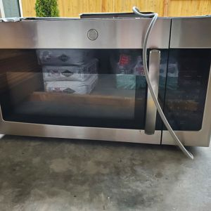 Well Rated GE Over-the-Range Microwave for Sale in SeaTac, WA