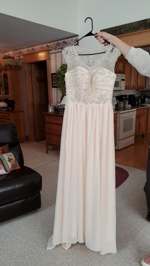 Champagne colored, chiffon wedding dress (never worn) for sale. Hand sewn beadwork. Asking 250. for Sale in Sturbridge, MA