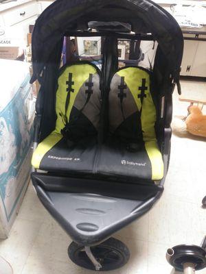 Double jogging stroller for Sale in Granite City, IL