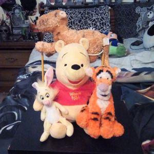 Disney Weenie The Pooh 4 Plush Bundle for Sale in Fresno, CA