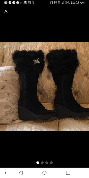 Coach Suede Sharma Boots in 9.5 for Sale in Philadelphia, PA