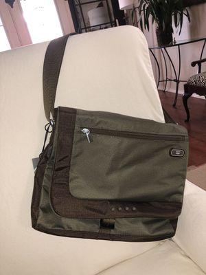 Tumi T-Tech Messenger bag for Sale in Austin, TX