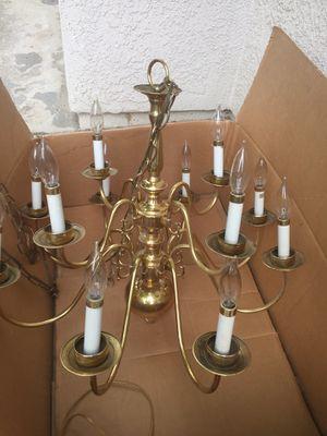 Lg 12 light chandelier for Sale in Fresno, CA