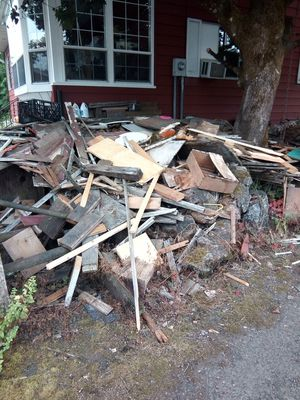 Free wood for Sale in Happy Valley, OR