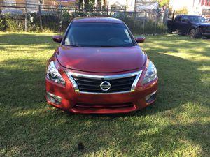 2013 Nissan Altima for Sale in Philadelphia, PA