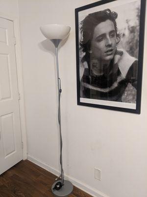 6ft Lamp Works 100% for Sale in Fullerton, CA