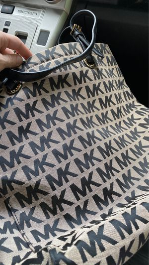 real MK purse for Sale in Piedmont, SC