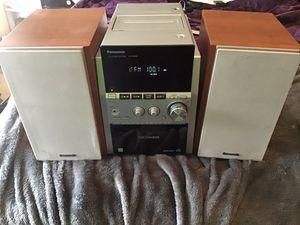 90 watt 5 disc cd stereo system for Sale in Nashville, TN