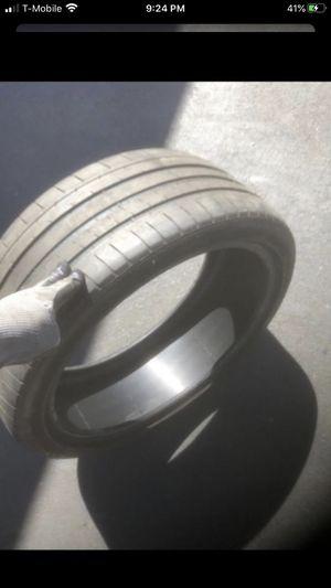 Single tire 225/40/19 Michelin 60% tread for Sale in Temecula, CA
