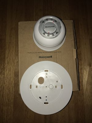 NEW Honeywell the Round Mechanical Non-Programmable Thermostat for Sale in Seattle, WA