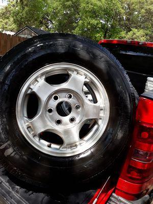 Chevy rim's tires for Sale in San Antonio, TX