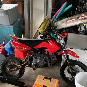 Chinese Dirt Bike for Sale in Barrington, RI