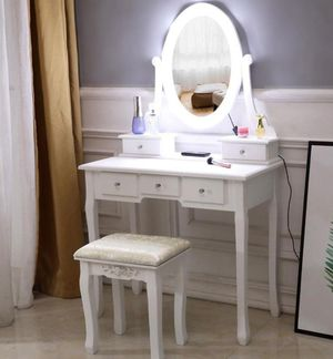 5 drawer vanity Dressing Table stool set (brand new) for Sale in Perris, CA