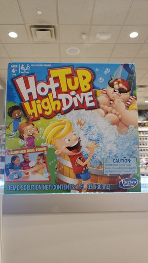 HOT TUB HIGH DIVE (GAME) for Sale in Glendale, CA