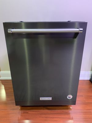 44 dBA Dishwasher with Clean Water Wash System Model: KDTM354ESS KitchenAid for Sale in East Brunswick, NJ