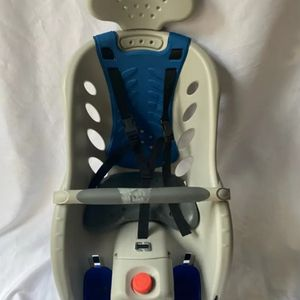 Schwinn Deluxe Bicycle Mounted Child Carrier for Sale in Lynnwood, WA