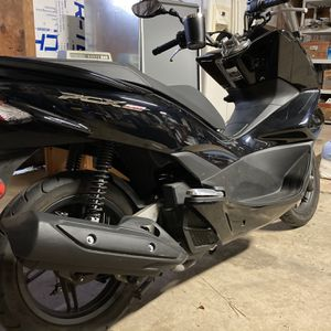 2015 Honda PCX 150 (1800miles) for Sale in Puyallup, WA