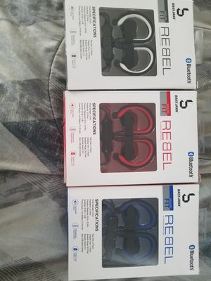 Wired Bluetooth Earbuds with ear loop for Sale in Oxnard, CA