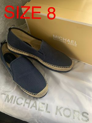 MICHAEL KORS SIZE 8 $70 Dlls NUEVO ORIGINAL MICHAEL KORS for Sale in Fontana, CA