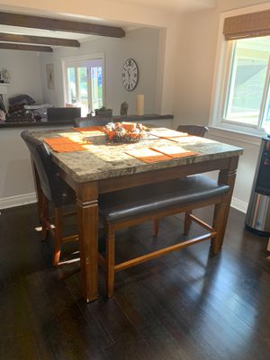 Kitchen table with bench and chairs for Sale in Waterford Township, MI