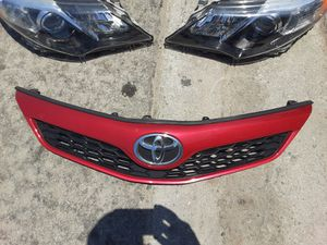Toyota Camrry SE Grill OEM 2012-2014 for Sale in Wilmington, CA