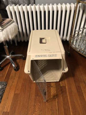 "Kennel Cab Dog or Cat cage Size 24""L x 18 1/4W x 14 1/4H for Sale in Washington, DC"