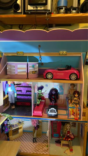 Barbie/ Monster High Doll House for Sale in Peachtree Corners, GA