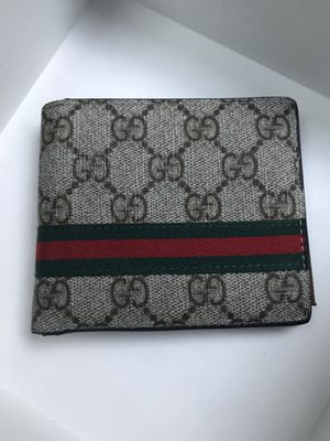 Leather Gucci Wallet for Sale in Dallas, TX