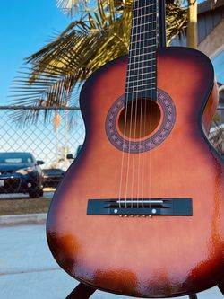 Acustic Guitar for Sale in Huntington Park,  CA