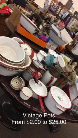 Vintage Pots (Prices Varies) for Sale in Fort Leonard Wood, MO