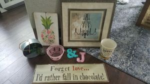 Group of home decor for Sale in Knightdale, NC