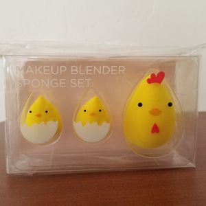 Yellow Beauty Blenders Big And Small for Sale in Redlands, CA