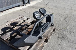Smittybilt XRC Front USED Winch Bumper with Lights for Sale in Pomona, CA